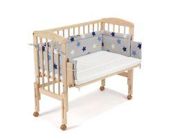 FabiMax Beistellbett PRO mit Matratze und Nestchen blaue Sterne auf grau
